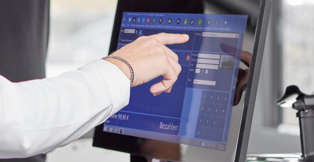 Kassasystem mit Monitor zur Verwaltung und Service